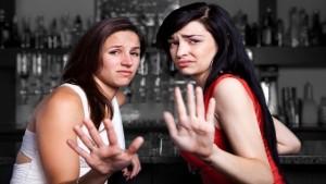 9 σημαντικά λάθη που κάνεις όταν προσεγγίζεις γυναίκες