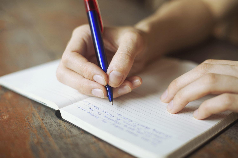 Γιατί πρέπει να αρχίσεις να κρατάς Ημερολόγιο με τις Σκέψεις σου