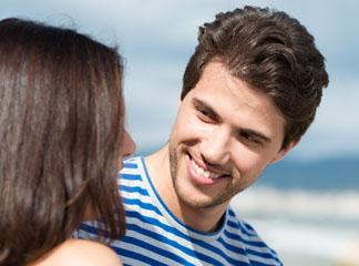 Χαμόγελο: τόσο απλό, μα τόσο δυνατό, Θετική Προβολή: Πώς να βοηθήσεις τον εαυτό σου να φλερτάρει πιο άνετα, 3 Τρόποι να βοηθήσεις τον Εαυτό σου να Βελτιωθεί στο Φλερτ, 3 Βήματα για να βάλεις χιούμορ στο φλερτ