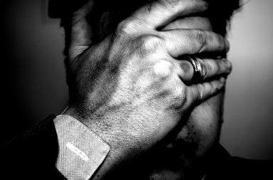 Λάθη του παρελθόντος: Ξεπέρνα την Ενοχή σε 3 βήματα