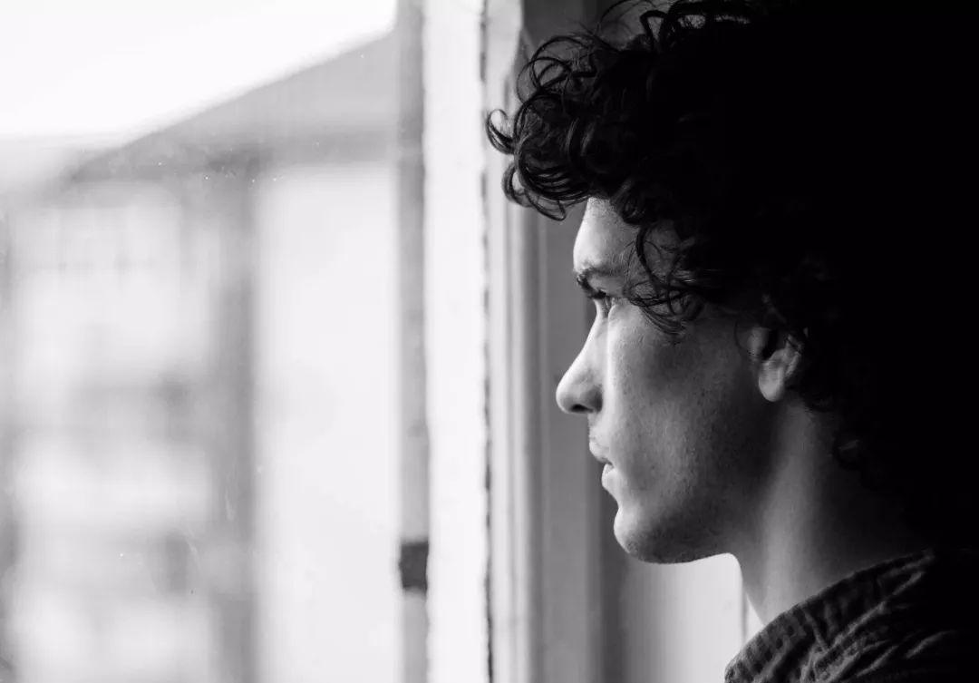 Ένα βήμα πριν την Κατάθλιψη: 5 τρόποι να την αντιμετωπίσεις