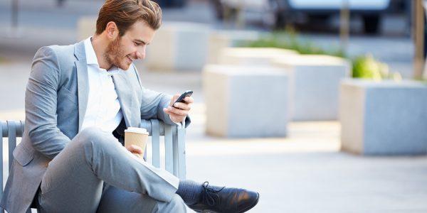 Πως να της στείλεις μήνυμα χωρίς να φαίνεσαι απελπισμένος