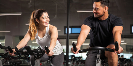 Φλερτ στο γυμναστήριο: 8 βήματα για να το κάνεις σωστά