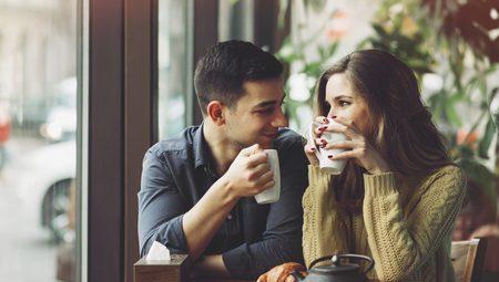 Πως να είσαι πιο Χαλαρός όταν μιλάς με κάποια που σου αρέσει