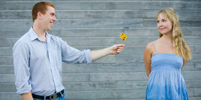 Πως να της ζητήσεις να βγείτε: 4 Λάθη που πρέπει να αποφύγεις, Είσαι σε σχέση; Μην χάνεις την γοητεία σου