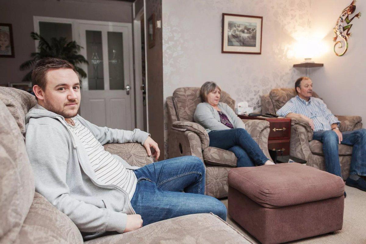 Μένω με τους Γονείς μου και χωρίς δικό μου χώρο δεν έχει νόημα να φλερτάρω