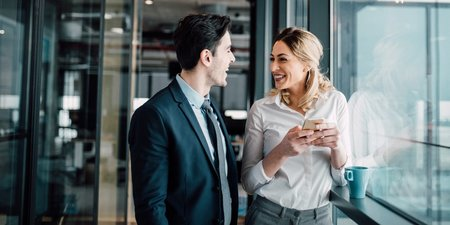 Πως να κάνεις Χαλαρή Κουβέντα με κάποιον που δε γνωρίζεις,4 Τρόποι να αυξήσεις την Κοινωνική Αξία σου, Πώς να κάνεις Αποτελεσματικές Ερωτήσεις στο Φλερτ