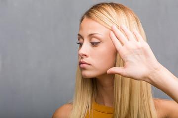 5 Λόγοι που Αποφεύγει το Ραντεβού μαζί σου, 4 Λόγοι που η Κοπέλα σου φέρεται Ψυχρά στη Σχέση