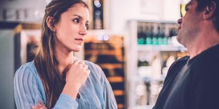 3 Ανδρικές Τακτικές στο Φλερτ που Ξενερώνουν τις Γυναίκες