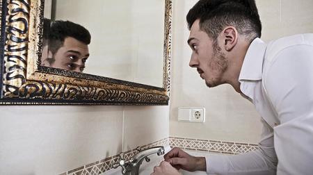3 Περιοριστικές Πεποιθήσεις που σε Εμποδίζουν να βελτιώσεις την Εμφάνιση σου