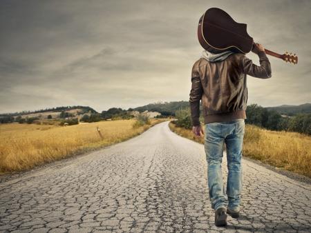 3 Λόγοι που δεν πρέπει να επιστρέψεις στο Παρελθόν σου