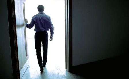 Ηρωική Έξοδος: Πώς να αποχωρείς από ένα δωμάτιο με Δυναμισμό