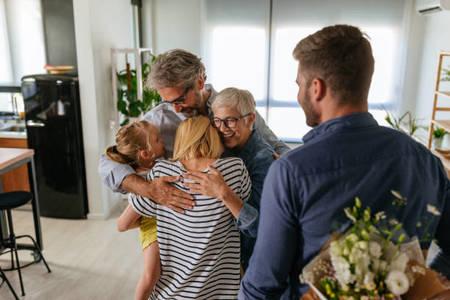 Τι να προσέξεις όταν πας να γνωρίσεις τους γονείς της