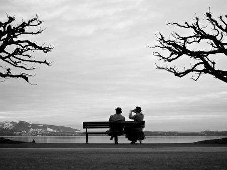 «Γιατί δε βρίσκω Σύντροφο»; Όταν νιώθεις ότι θα μείνεις Μόνος