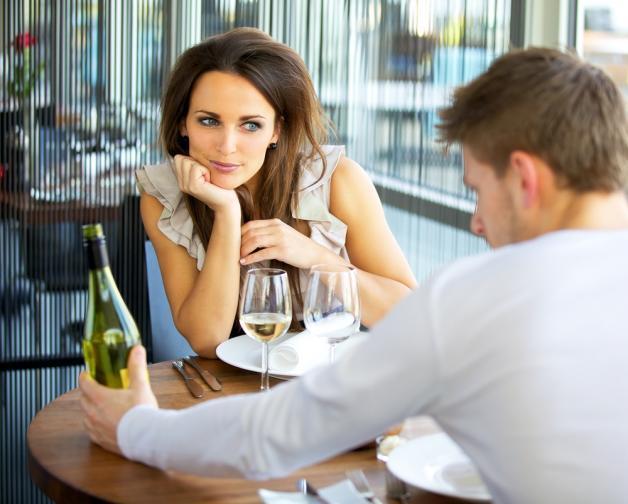 4 Τρόποι να Αυξήσεις τη Γοητεία σου Πώς να την Κερδίσω; Το λάθος ερώτημα
