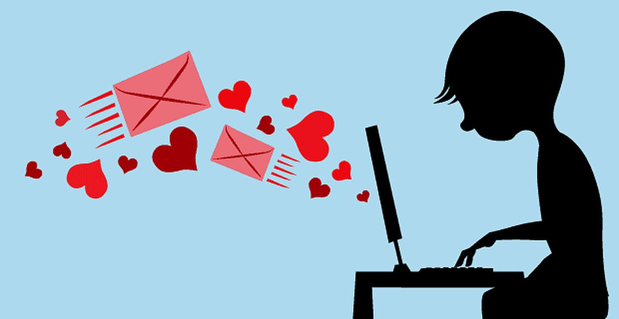 Διαδικτυακό Φλερτ: 5 πράγματα που πρέπει να γνωρίζεις για να το κάνεις πετυχημένα