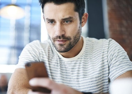 3 Λόγοι που Δεν Απαντάει σε Μήνυμα σου